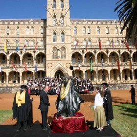 Graduation Day 2007 at the International College of Management-Sydney.Source-ICMS 2007